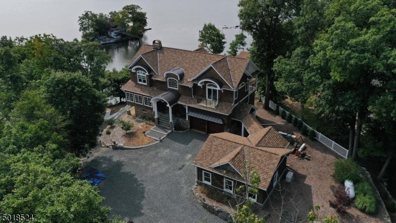 Single Family Homes pour l Vente à Hopatcong, New Jersey 07821 États-Unis