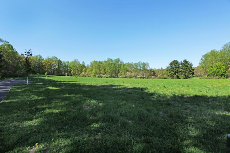 土地 为 销售 在 21 Pinefield Lane New Vernon, 新泽西州 07976 美国
