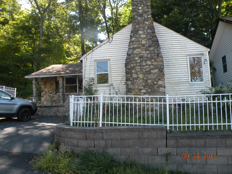 Single Family Home for Sale at 4 San Bar Drive Lake Hopatcong, New Jersey 07849 United States