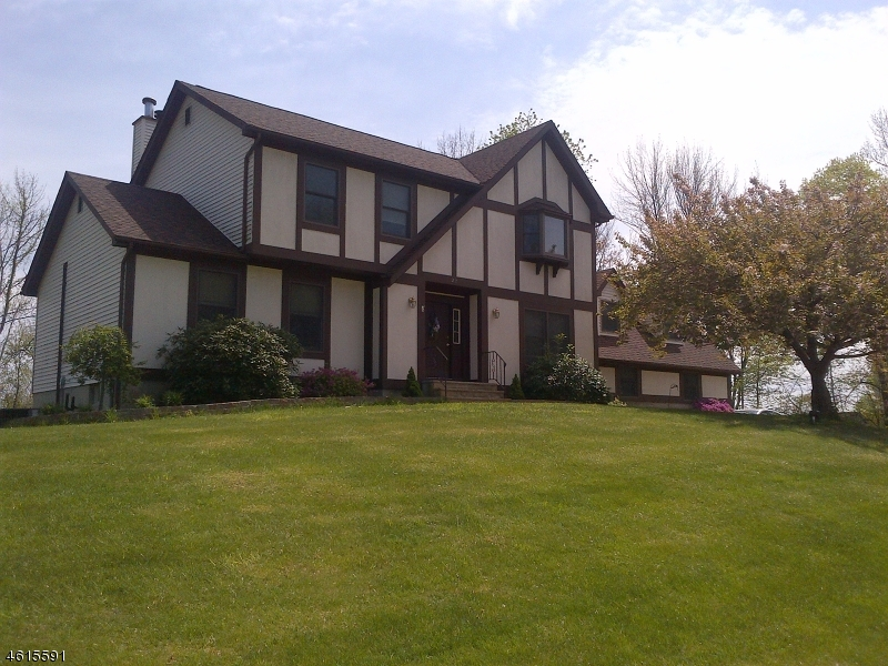 Additional photo for property listing at 27 Southfield Drive  Sussex, Нью-Джерси 07461 Соединенные Штаты
