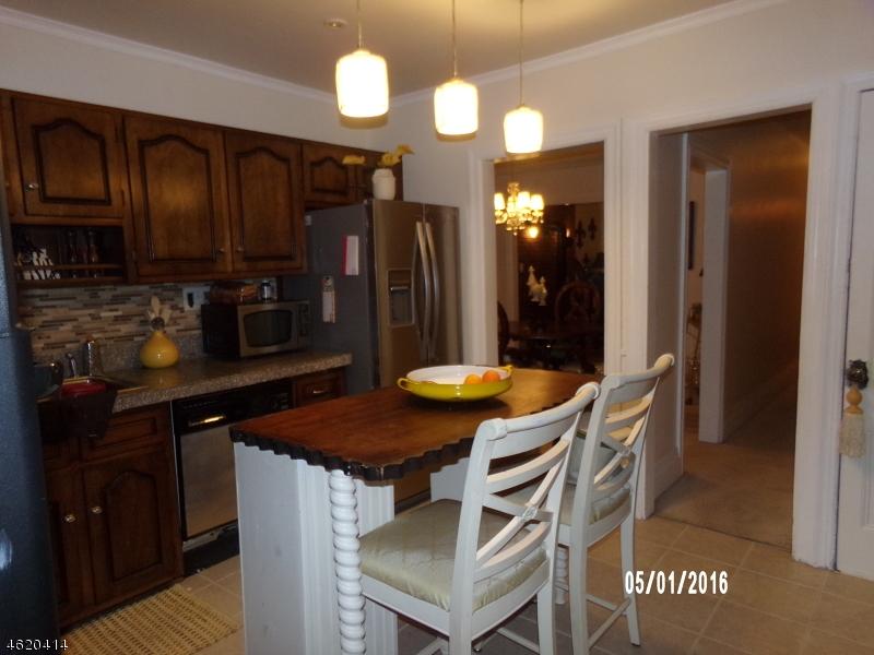 Additional photo for property listing at 50 Lewis Street  Phillipsburg, Нью-Джерси 08865 Соединенные Штаты