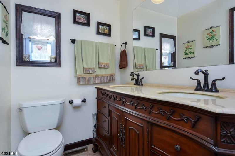 Additional photo for property listing at 55 E Shore Trail  Stockholm, Нью-Джерси 07460 Соединенные Штаты