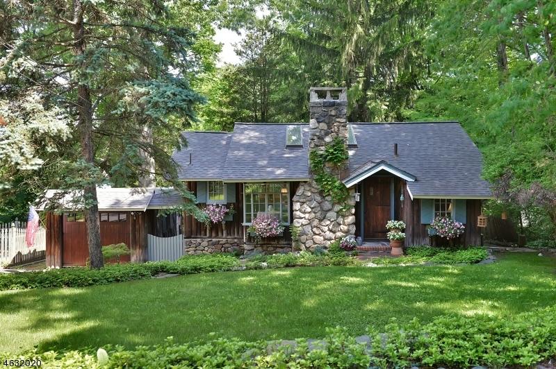 Частный односемейный дом для того Продажа на 22 Hillside Road Sparta, Нью-Джерси 07871 Соединенные Штаты