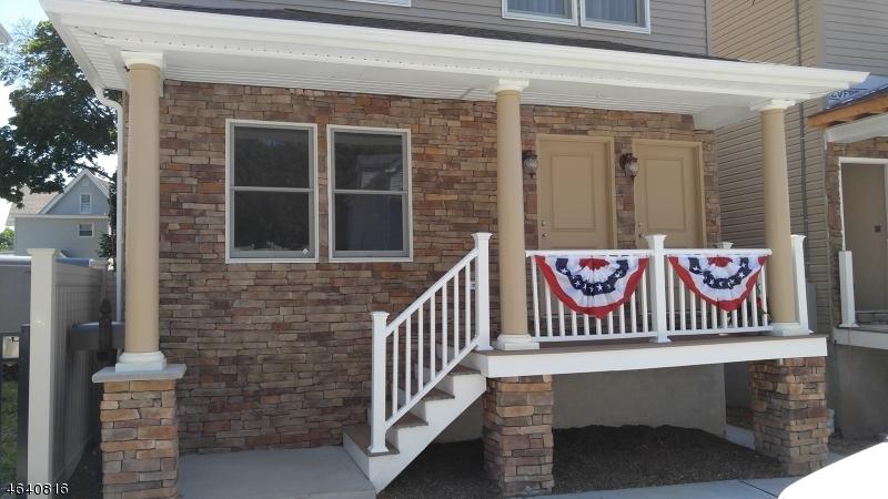 Частный односемейный дом для того Аренда на 438 Morrissee Avenue Haledon, 07508 Соединенные Штаты