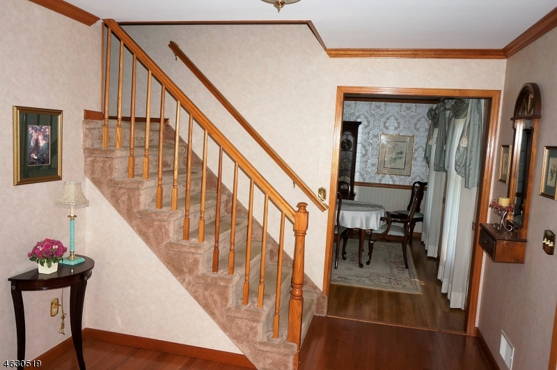 Additional photo for property listing at 8 Trade Winds Drive  Randolph, New Jersey 07869 États-Unis