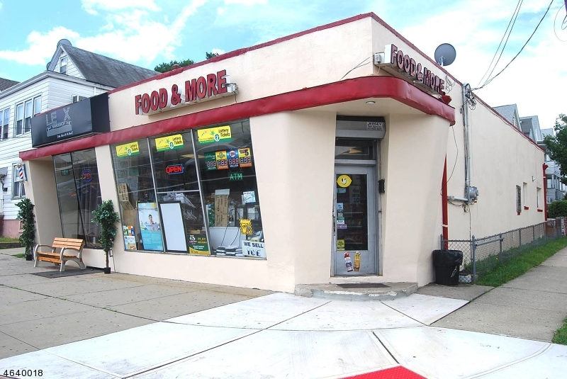 商用 为 销售 在 Address Not Available 克利夫顿, 新泽西州 07011 美国