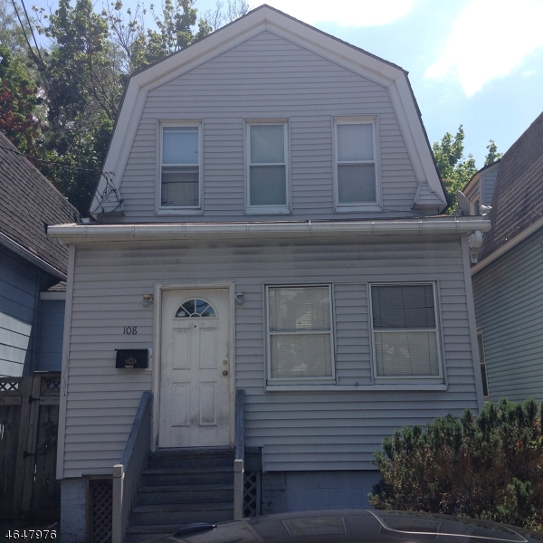 Additional photo for property listing at 108 Washington Avenue  Irvington, Нью-Джерси 07111 Соединенные Штаты
