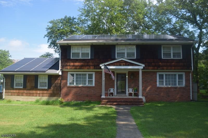 独户住宅 为 销售 在 10 Artillery Park Road Totowa Boro, 新泽西州 07512 美国