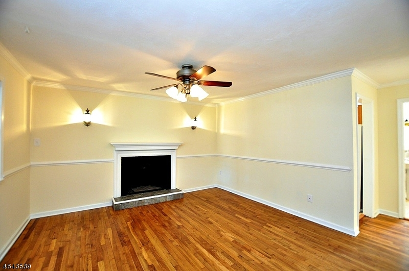 Additional photo for property listing at 15 Beekmeer Place  Flanders, New Jersey 07836 États-Unis