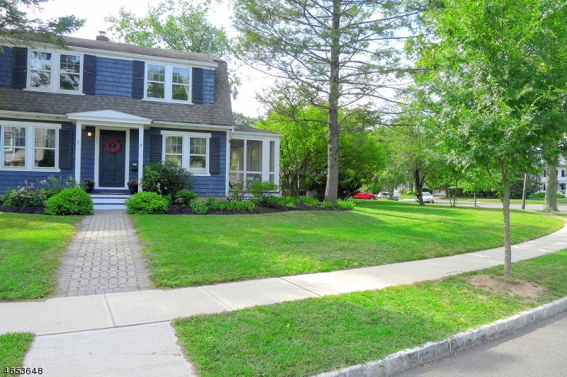 Additional photo for property listing at 543 Wahnetah Drive  Bound Brook, Nueva Jersey 08805 Estados Unidos