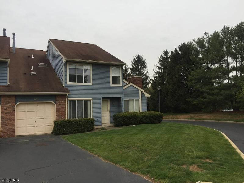 独户住宅 为 销售 在 103 Driveiftwood Drive 萨默赛特, 新泽西州 08873 美国