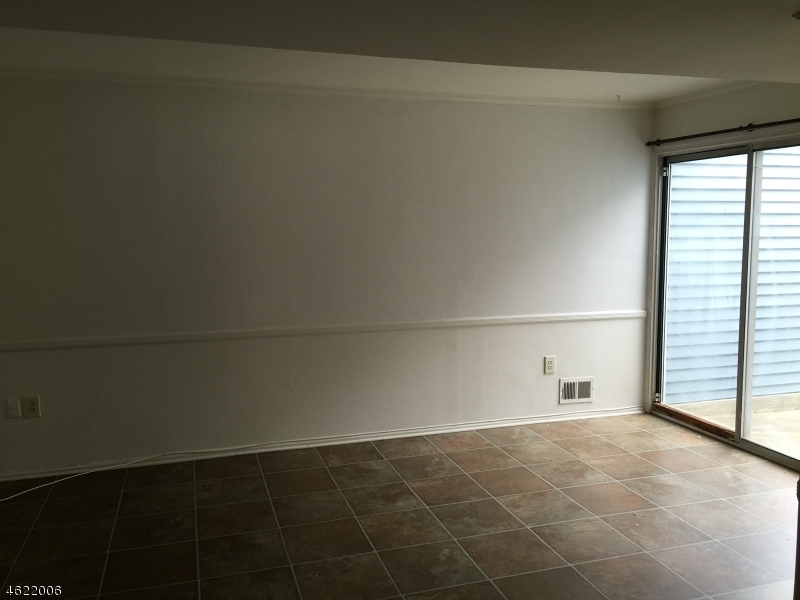 Additional photo for property listing at 103 Driveiftwood Drive  萨默赛特, 新泽西州 08873 美国