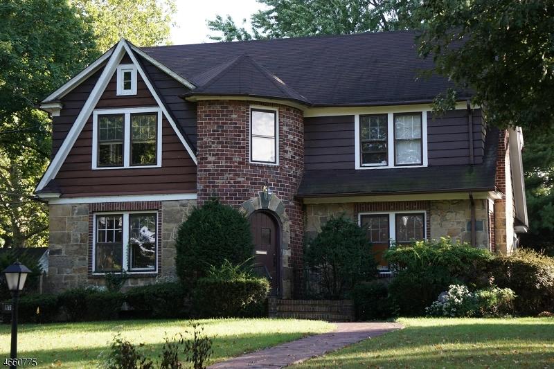 独户住宅 为 销售 在 1116 PARK TER 平原镇, 新泽西州 07062 美国