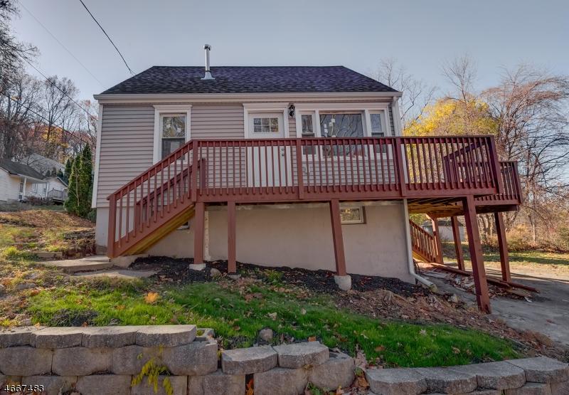 Частный односемейный дом для того Аренда на 5 Singac Avenue Landing, 07850 Соединенные Штаты