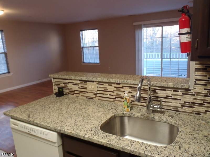 Casa Unifamiliar por un Alquiler en 3110 Appleton Way Whippany, Nueva Jersey 07981 Estados Unidos