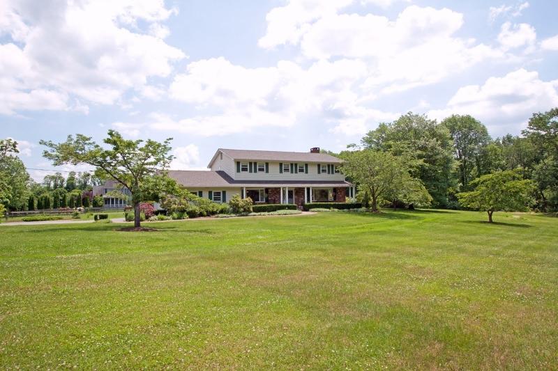Частный односемейный дом для того Аренда на 204 Pleasant Hill Road Chester, Нью-Джерси 07930 Соединенные Штаты