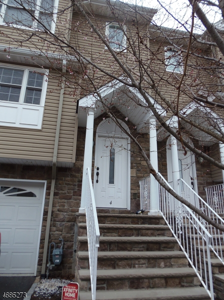 Single Family Home for Rent at 102 Montgomery St, UNIT 4 Bloomfield, 07003 United States