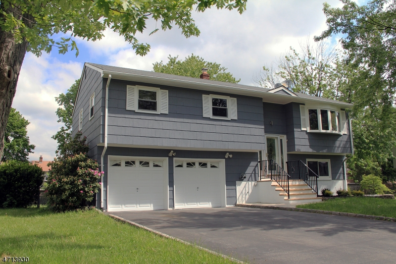 Single Family Home for Sale at 134 Elliott Pl South Plainfield, New Jersey 07080 United States