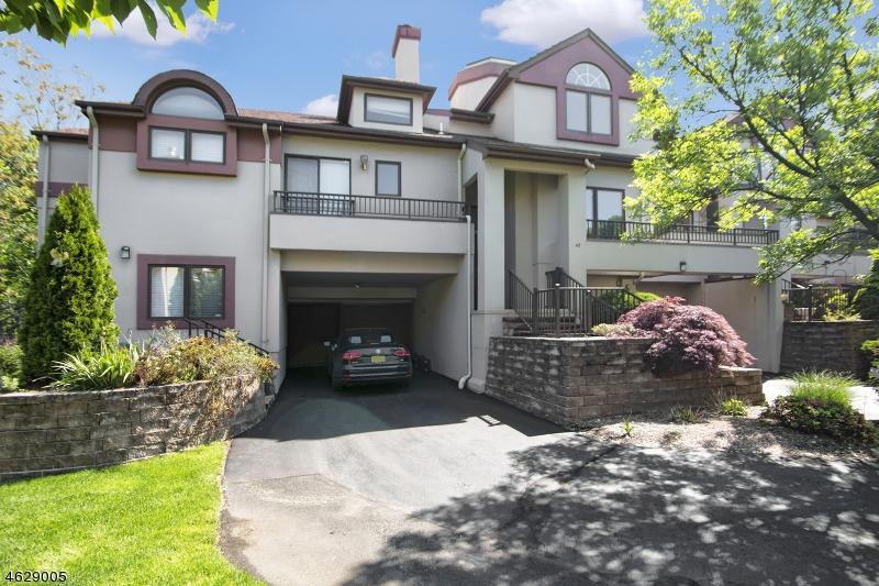 独户住宅 为 出租 在 42 Schindler Ter 西奥兰治, 新泽西州 07052 美国