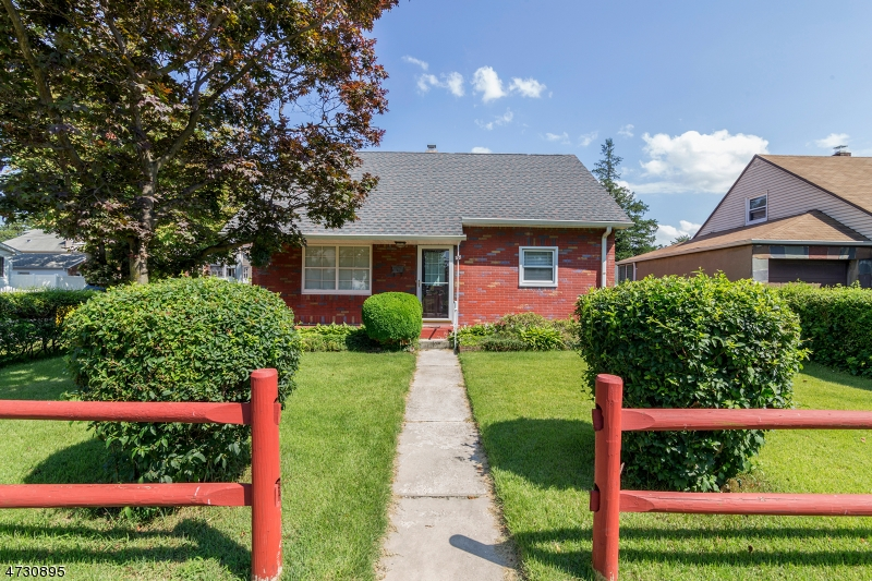 Single Family Home for Sale at 178 Mount Pleasant Avenue Wallington, New Jersey 07057 United States