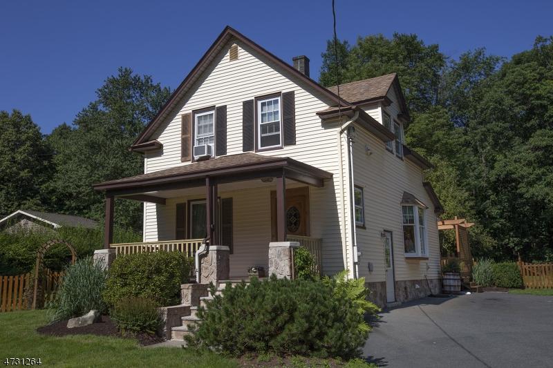 Частный односемейный дом для того Продажа на 251 Berkshire Valley Road Wharton, Нью-Джерси 07885 Соединенные Штаты
