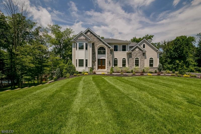 단독 가정 주택 용 매매 에 23 Shenandoah Drive Caldwell, 뉴저지 07006 미국