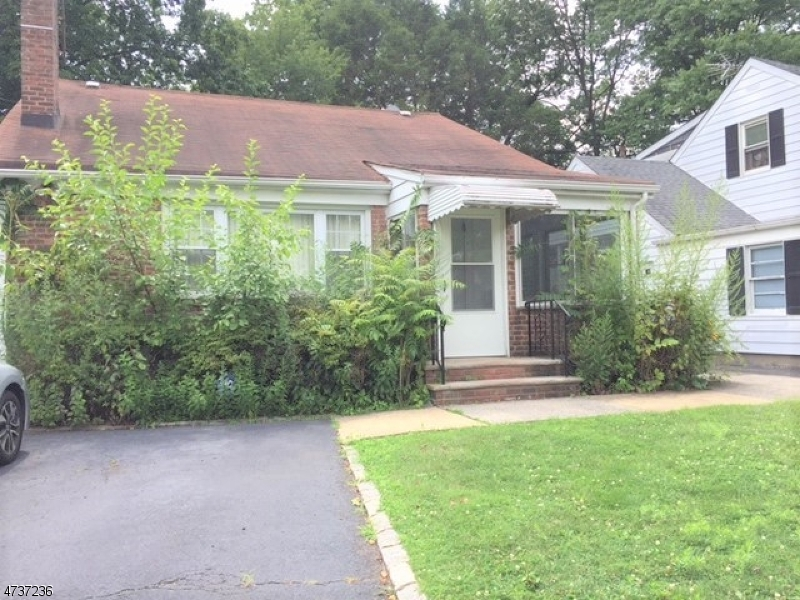 Single Family Home for Rent at 29 Shunpike Road Springfield, New Jersey 07081 United States