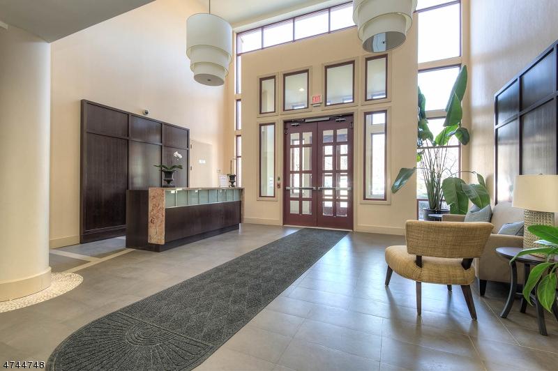 Частный односемейный дом для того Аренда на 85 Park Avenue Glen Ridge, Нью-Джерси 07028 Соединенные Штаты