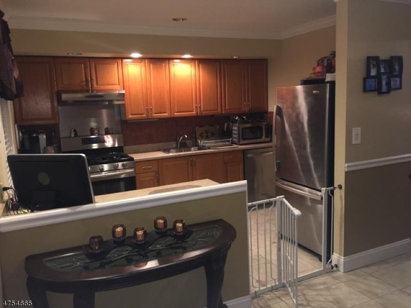 Частный односемейный дом для того Аренда на 59-1B KNOX TER Wayne, Нью-Джерси 07470 Соединенные Штаты