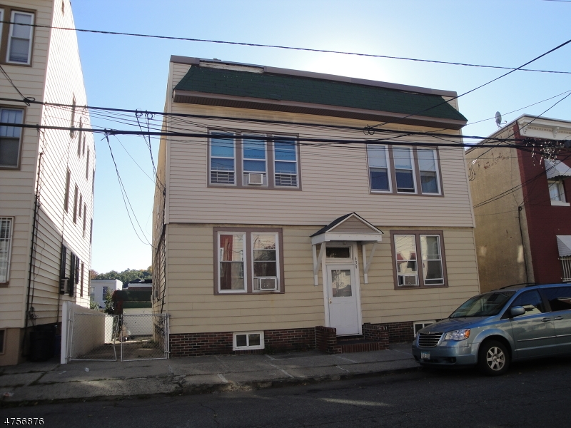 Additional photo for property listing at 639-641 N. 5TH Street  Newark, New Jersey 07107 United States