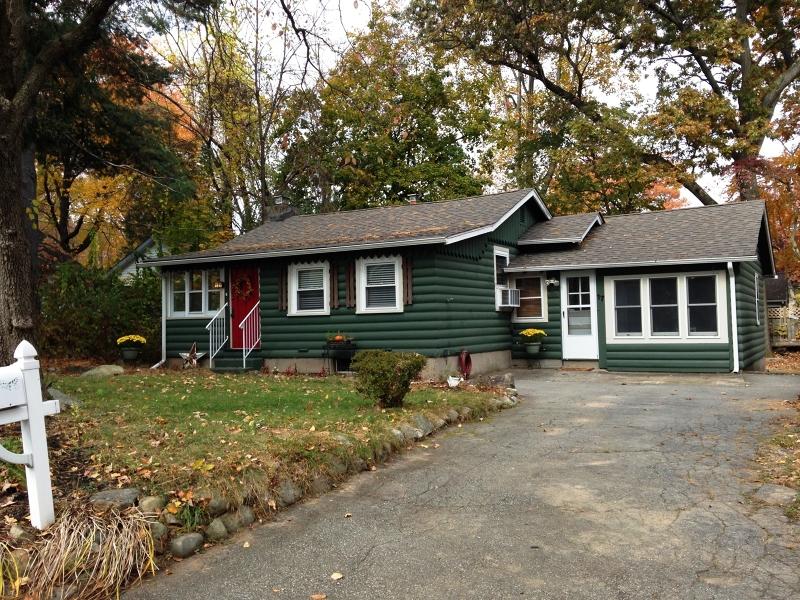 Частный односемейный дом для того Аренда на 17 Grove Place Wayne, Нью-Джерси 07470 Соединенные Штаты