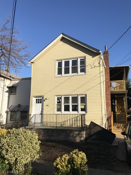 Mehrfamilienhaus für Verkauf beim 120 Streetephens Street 120 Streetephens Street Belleville, New Jersey 07109 Vereinigte Staaten