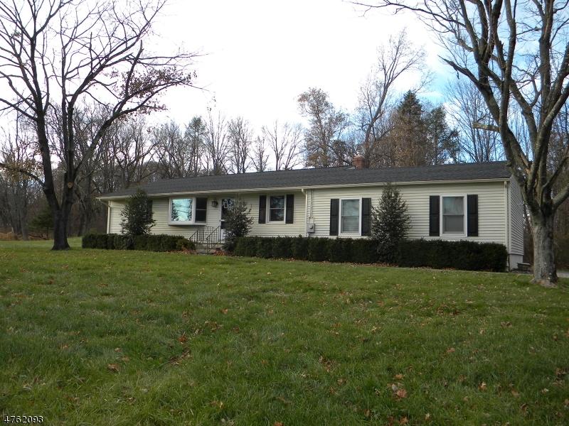 独户住宅 为 出租 在 154 Old Croton Road Raritan, 新泽西州 08822 美国