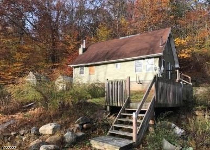 Частный односемейный дом для того Продажа на 909 Pepperidge Drive Stillwater, Нью-Джерси 07860 Соединенные Штаты