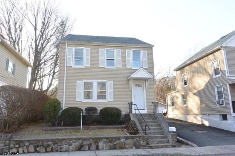 Casa Unifamiliar por un Alquiler en 25 W New Street Rockaway, Nueva Jersey 07866 Estados Unidos