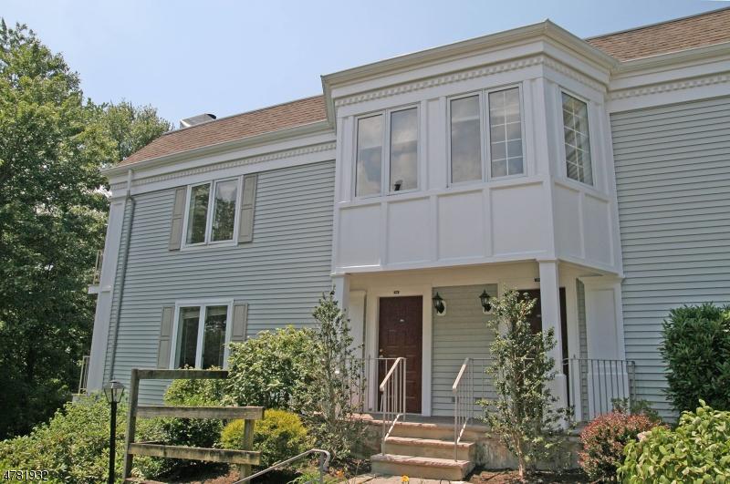 Частный односемейный дом для того Аренда на 175 Terrace Drive Chatham, Нью-Джерси 07928 Соединенные Штаты