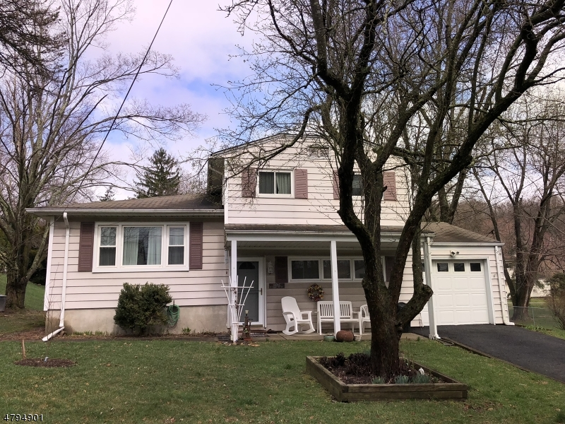 Single Family Home for Sale at 5 Young Drive Stanhope, New Jersey 07874 United States