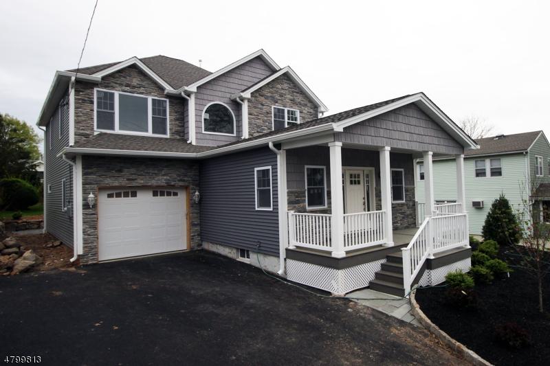 Nhà ở một gia đình vì Bán tại 63 S Mountain Avenue Cedar Grove, New Jersey 07009 Hoa Kỳ