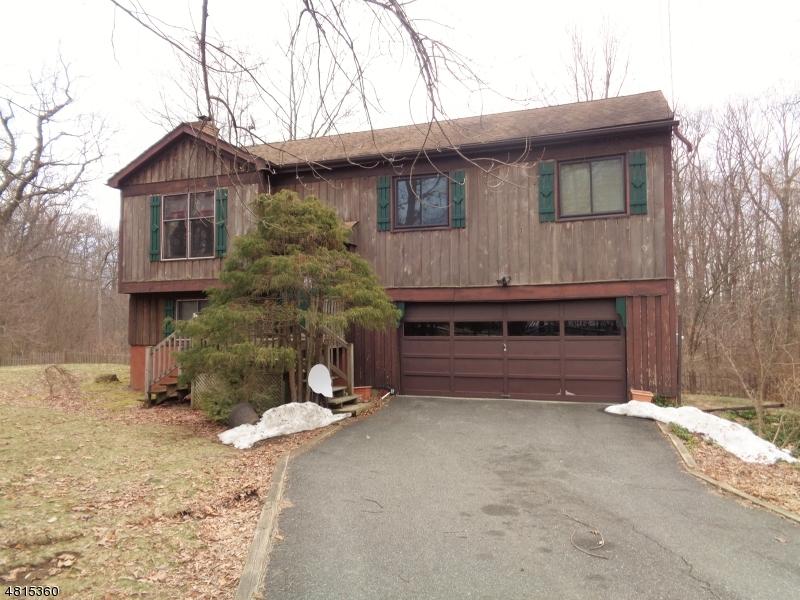 Vivienda unifamiliar por un Venta en 20 MOUNTAINSIDE Drive Andover, Nueva Jersey 07860 Estados Unidos