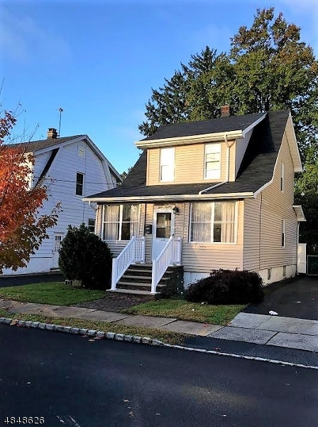 Single Family Home for Sale at 1270 COOLIDGE Avenue Union, New Jersey 07083 United States