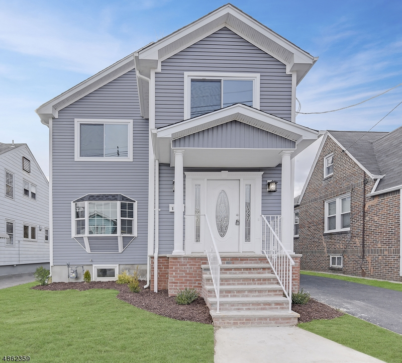 Single Family Home for Sale at 1962 OSTWOOD TER 1962 OSTWOOD TER Union Township, New Jersey 07083 United States