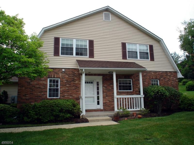 Condo / Casa geminada para Alugar às Chatham, Nova Jersey 07928 Estados Unidos