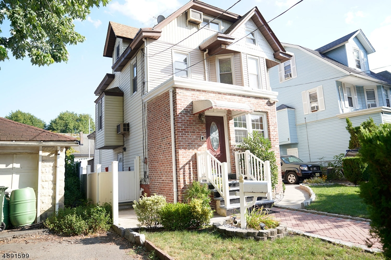 Single Family Homes 為 出售 在 Rutherford, 新澤西州 07070 美國
