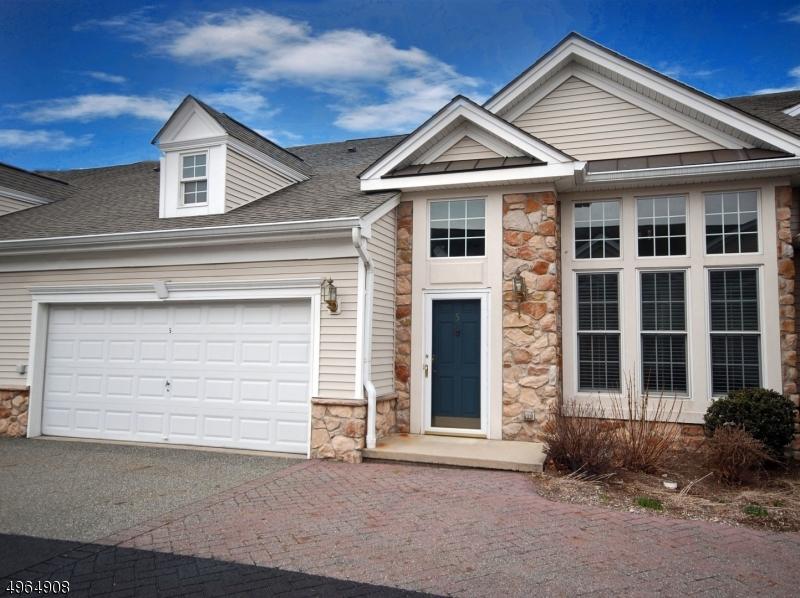 Condominio / Townhouse per Vendita alle ore Woodland Park, New Jersey 07424 Stati Uniti