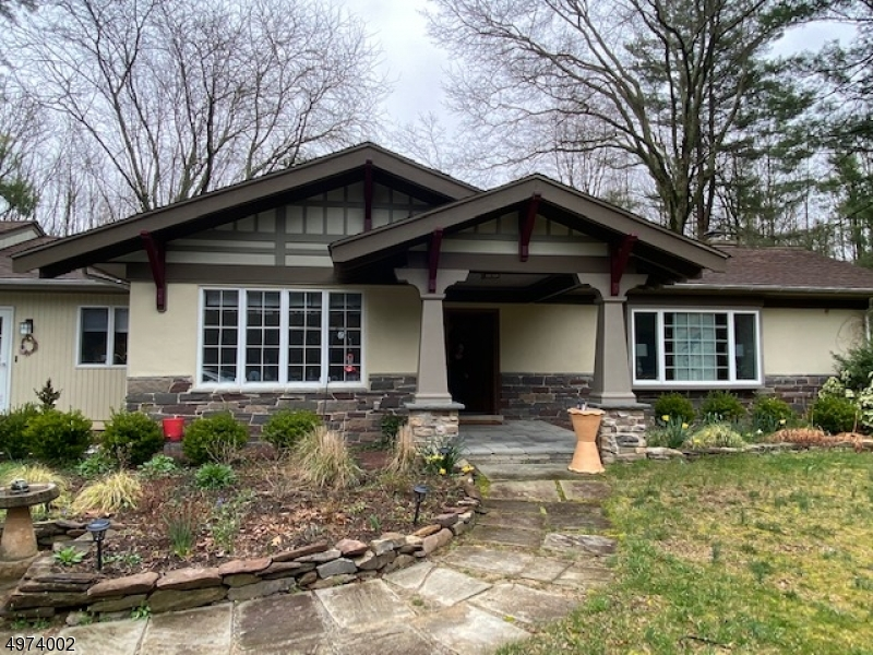 Single Family Homes 为 销售 在 劳伦斯, 新泽西州 08540 美国