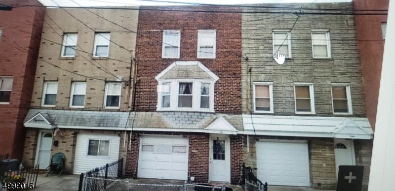 Single Family Homes för Försäljning vid Bayonne, New Jersey 07002 Förenta staterna