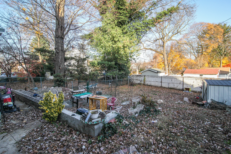 Additional photo for property listing at 329 Orange Road  Montclair, New Jersey 07042 États-Unis
