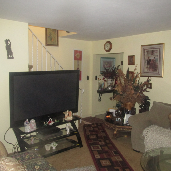 Additional photo for property listing at 1022 Fairview Place  Hillside, Нью-Джерси 07205 Соединенные Штаты