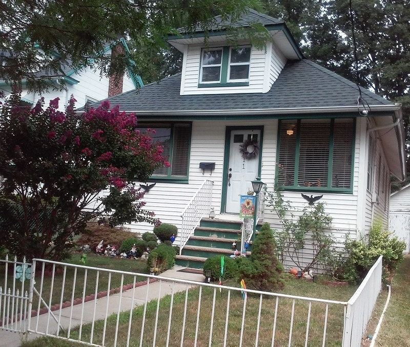Additional photo for property listing at 611 Spruce Street  Roselle, Нью-Джерси 07203 Соединенные Штаты