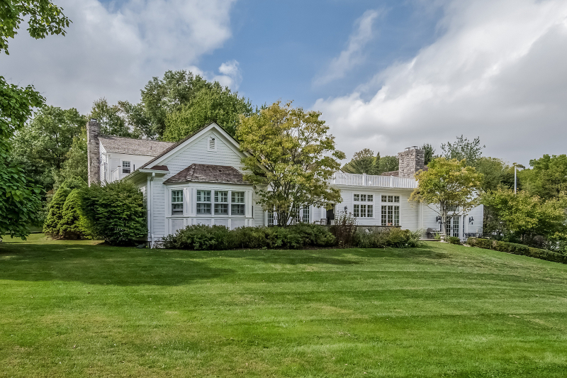 Additional photo for property listing at 52 Hardscrabble Road  Mendham, New Jersey 07945 United States